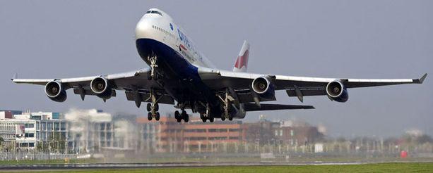 Heathrown lentokenttä aukesi tiistain ja keskiviikon välisenä yönä.