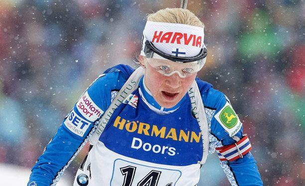 Kaisa Mäkäräinen hiihti Suomen ankkuriosuuden.