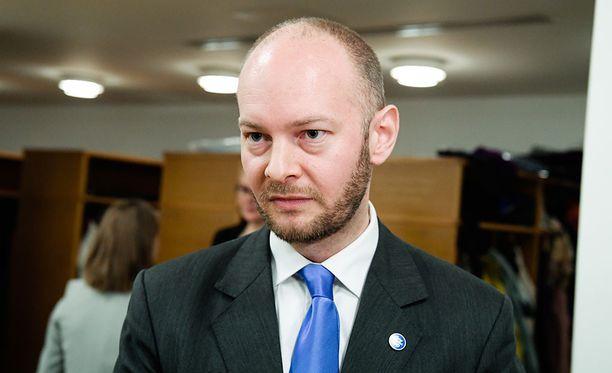 Sampo Terho ei pitänyt Juha Hurmeen juhlapuheesta. Arkistokuva.