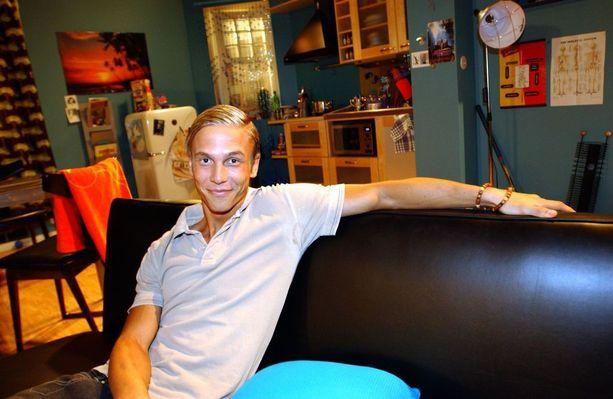 Ken Ojala (Aleksi Sariola) seikkaili Salkkareissa vuodet 2001-2005.