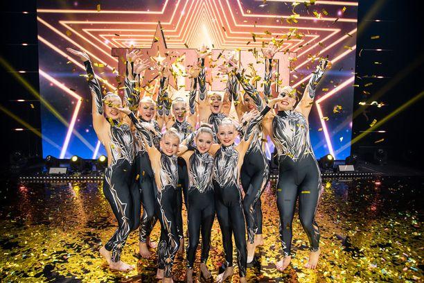 Talent Suomi -ohjelman voittivat Akrotaiturit.