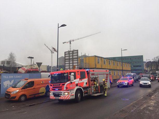 Tulipalo syttyi kirjastotyömaan tuntumassa Töölönlahdella.