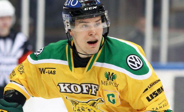 Tapio Laakso toimi kolmena kautena Ilveksen kapteenina.