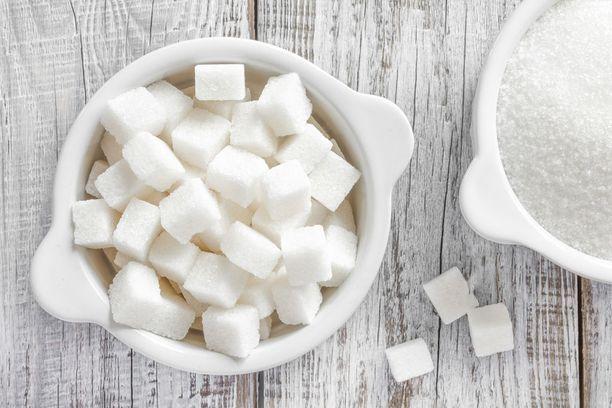 Sokerin päivittäinen suositus aikuisella on enintään 25 grammaa.