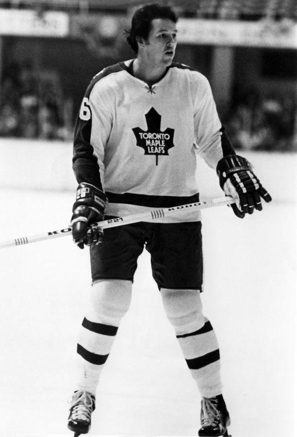 Hockey Newsin mukaan Kurt Walker kuoli verenmyrkytykseen Atlantassa edellisviikon perjantaina.