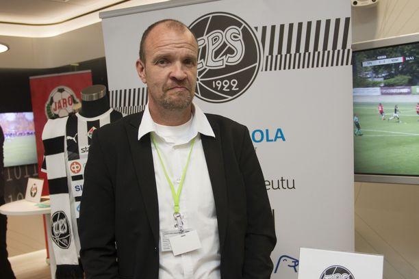 TPS:n päävalmentaja Tommi Pikkarainen kritisoi Veikkausliigan otteluohjelmaa ja pyysi avautumistaan anteeksi.