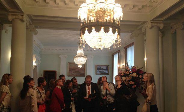 Venäjän federaation suurlähetystö Helsingin Ullanlinnassa kiinnosti yleisöä kaksi vuotta sitten. Tänä vuonna voi vierailla Saksan suurlähetystössä.