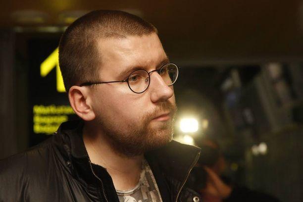 Sebastian Tynkkynen ei aio hyväksyä perussuomalaisten puoluehallituksen tekemää erottamispäätöstä.