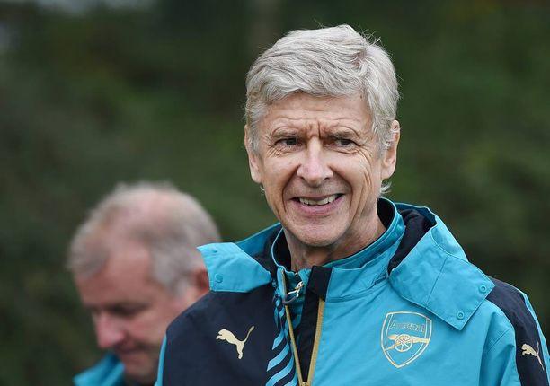 Arsène Wenger haluaa nähdä Arsenalin pelaavaan taitojensa ylärajoilla.