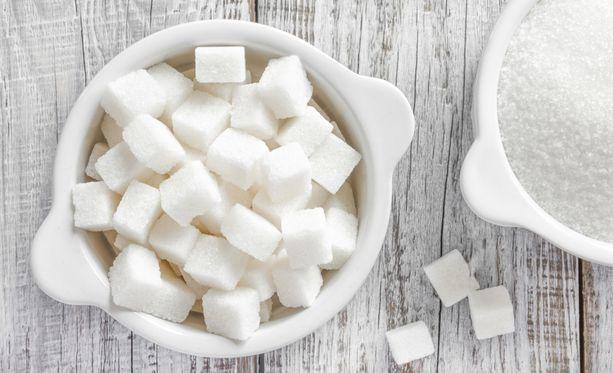 Ainoastaan yksi suklaavanukas sisältää 25 grammaa lisättyä sokeria, joka on noin puolet päivittäisestä saantisuosituksesta - haluatkin siis ehkä harkita herkun korvaamista jollakin terveellisemmällä.