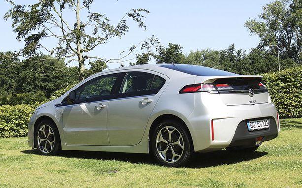 Ampera on virtaviivainen auto.