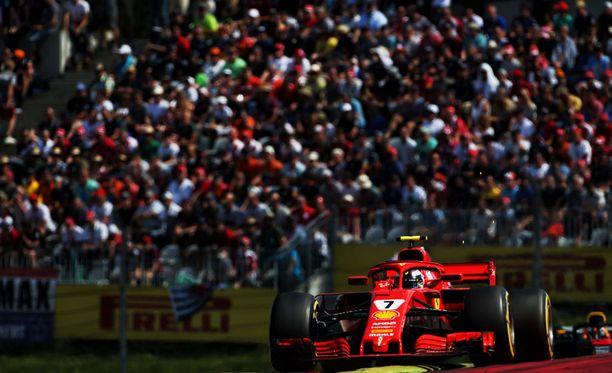 Kimi Räikkönen pääsi Itävallassa 1,5 sekunnin päähän voitosta.