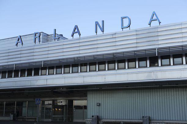 Pelastusviranomaiset saivat hälytyksen noin klo 20 Ruotsin aikaa.