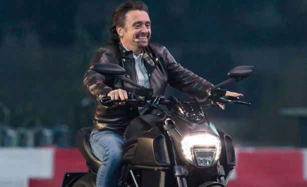 Richard Hammond menetti moottoripyöräonnettomuutensa myötä tajunnan, mutta on nyt kunnossa.