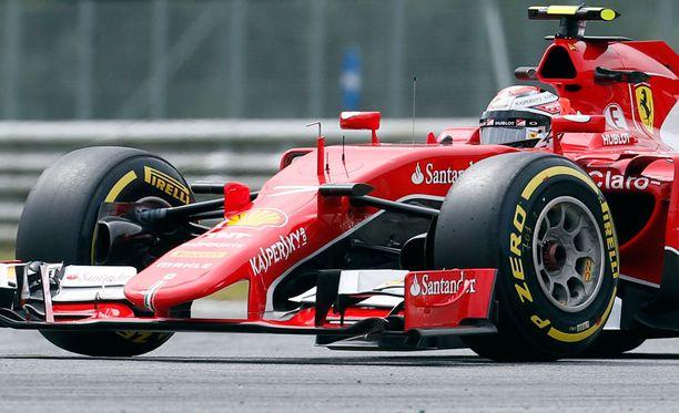Kimi Räikkönen oli perjantaina kolmanneksi nopein kuljettaja Itävallassa.