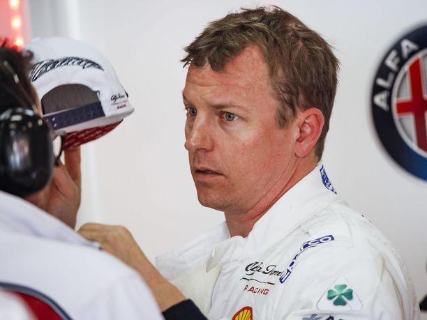 Kimi Räikkönen jäi pitkästä aikaa ulos aika-ajon viimeisestä osiosta.
