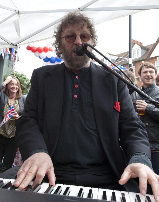 Chas Hodges kesäkuussa 2012.