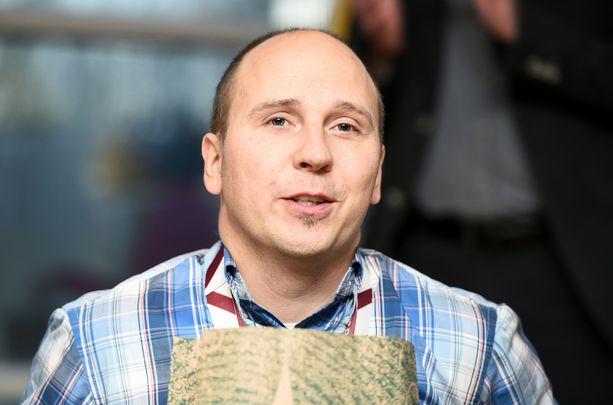 Toni Piispanen hankki palkintovitriiniinsä MM-hopeaa Lontoosta.