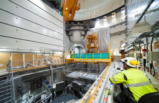 OL3-voimalan reaktorihallia viimeisteltiin joulukuussa 2017.