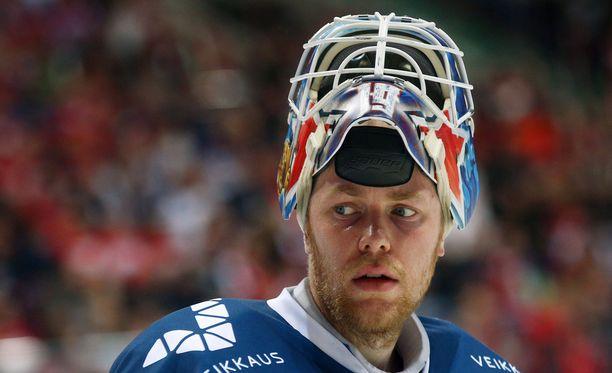 Kaksimetrinen Mikko Koskinen lähtee toista kertaa urallaan taalajäille.