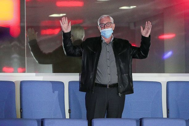 Boris Mihailov ei jäänyt harmittelemaan Ruotsin kohtaloa.