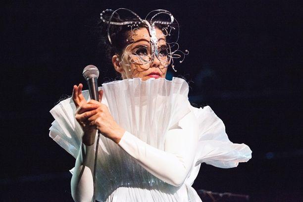 Björk saapuu Suomeen kahden vuoden tauon jälkeen.