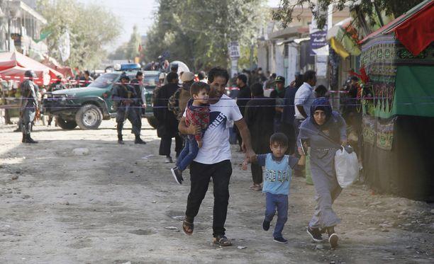 Kabulissa tapahtui tuhoisa itsemurhaisku syyskuussa. Silloin itsemurhapommittaja iski shiiamoskeijaan, ja ainakin 6 ihmistä kuoli.