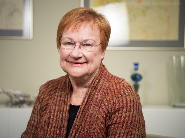 Presidentti Tarja Halonen toimi itse ulkoministerinä vuosina 1995-2000.