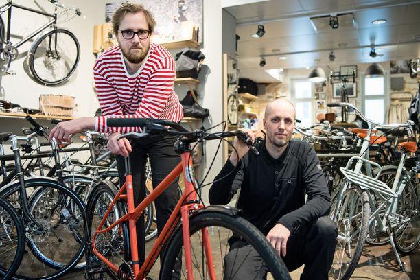 Aiemmin graafikkoina työskennelleet veljekset Timo ja Mikko Hyppönen ovat vajaassa kymmenessä vuodessa luoneet Pelago-polkupyörämerkistään kolmen miljoonan euron bisneksen.