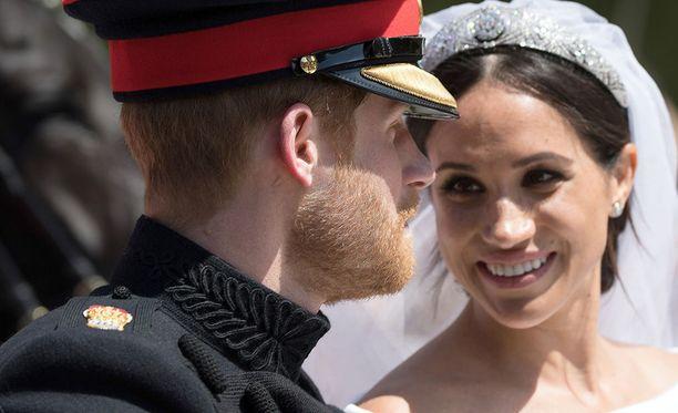 Lauantaina vihityt prinssi Harry ja herttuatar Meghan palasivat maanantai-iltapäivänä kotiinsa Nottingham Cottageen Kensingtoniin. Kuva lauantain hääjuhlasta.