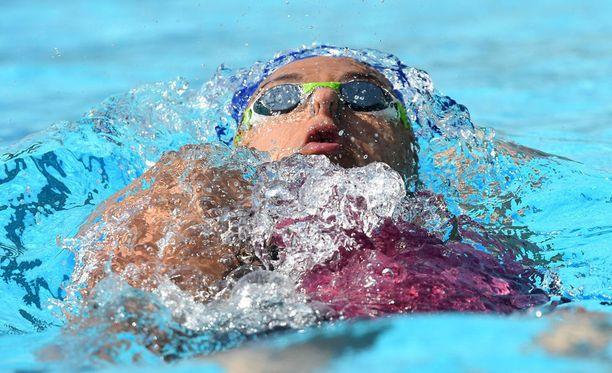 Mimosa Jallow teki uuden Suomen ennätyksen 50 metrin selkäuinnissa.