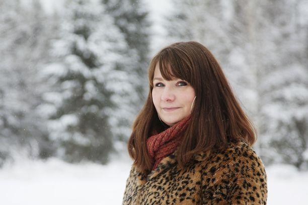 Seksuaaliterapeutti Elina Tanskanen on suurelle yleisölle tuttu MTV:n Ensitreffit alttarilla -ohjelmasta.