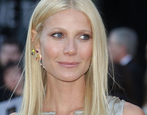 Gwyneth Paltrow'lla oli näyttävät korvakorut.