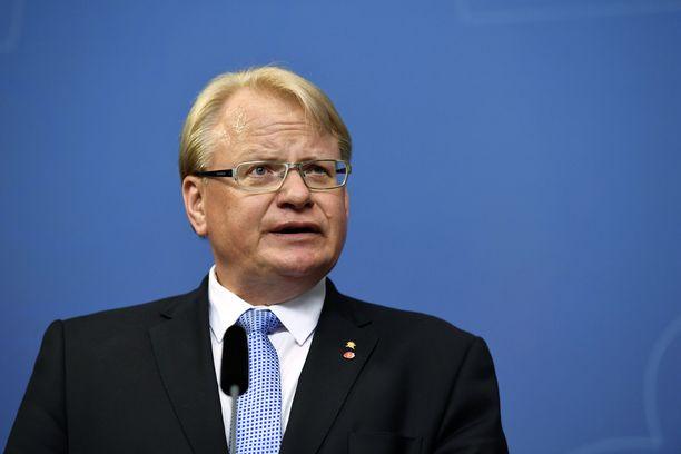 Ruotsin puolustusministeri on tehnyt korona-aikana ainakin kaksi vapaa-ajan matkaa Suomeen.