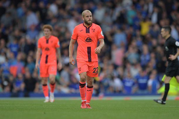 Teemu Pukki ei saanut tehoja irti Evertonin kotikentällä.