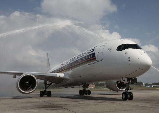 Singapore Airlines kuljettaa matkustajia kustomoidulla Airbus A350-900 ULR (ultra-long-range) -koneella liki 19 tunnin matkan.