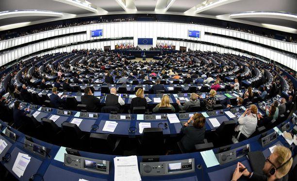 Euroopan parlamentti äänesti ensimmäisen kerran artikla 7:n käynnistämisestä.