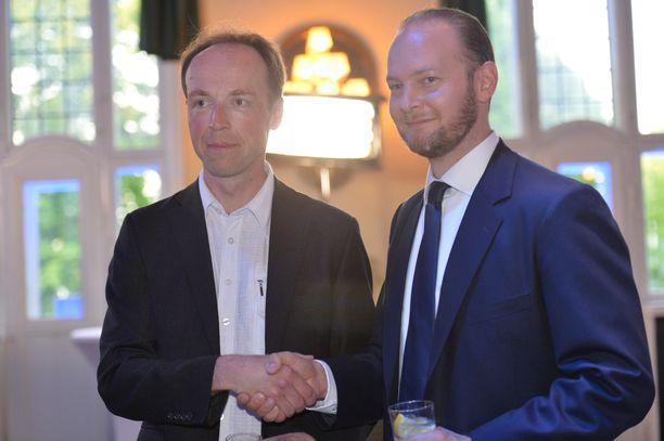 Jussi Halla-aho ja Sampo Terho olivat useissa kysymyksissä samalla linjalla.