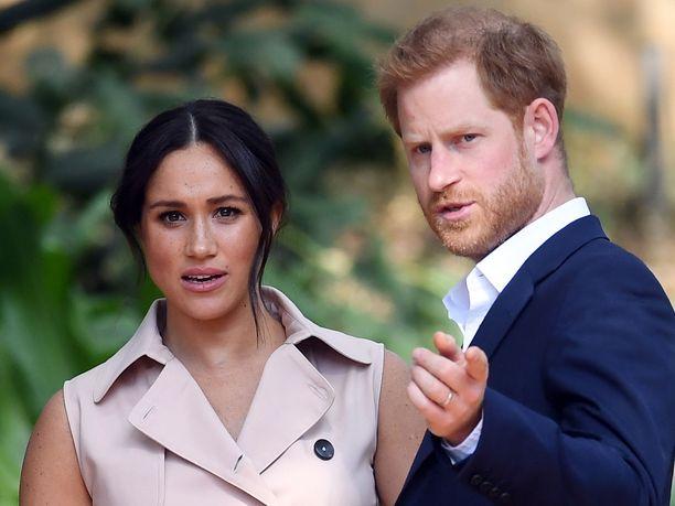 Herttuatar Meghan ja prinssi Harry ovat nyt taloudellisesti itsenäisiä, People-lehti tietää kertoa.