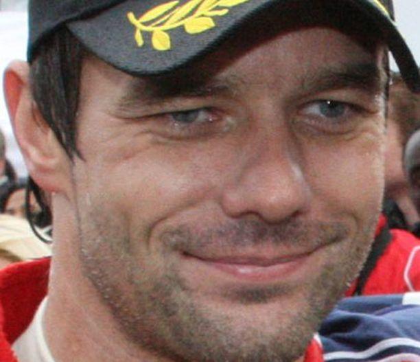 Sebastien Loeb lupasi neuvoa Kimi Räikköstä - yhdellä ehdolla.