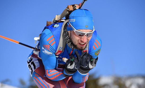 Aleksandr Loginovin nimi on tv-toimittajan julkaisemalla listalla. Venäläinen kilpailee tällä viikolla Itävallassa.