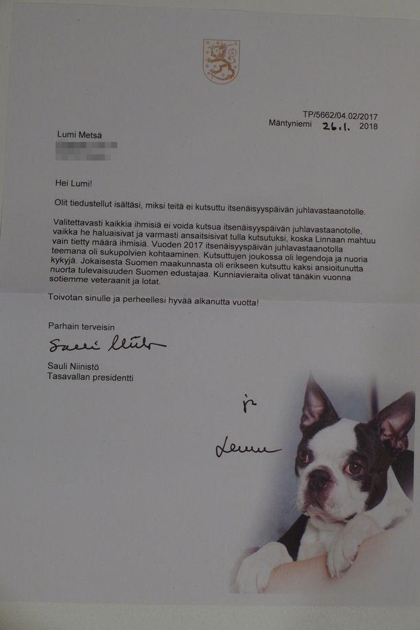 Tällaisen kirjeen Lumi Metsä sai Sauli Niinistöltä ja Lennulta.