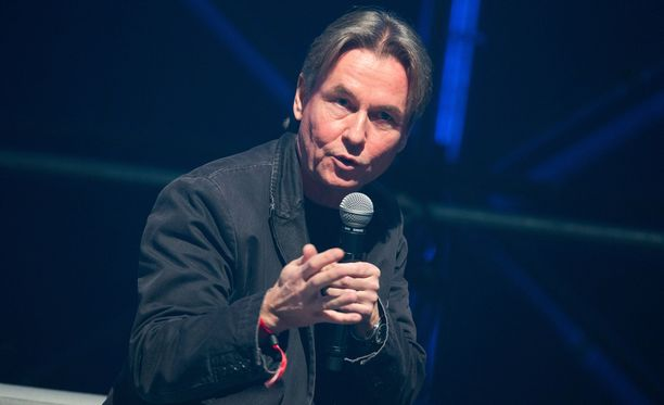 Esa-Pekka Salonen had been married to his wife Jane for almost 27 years.