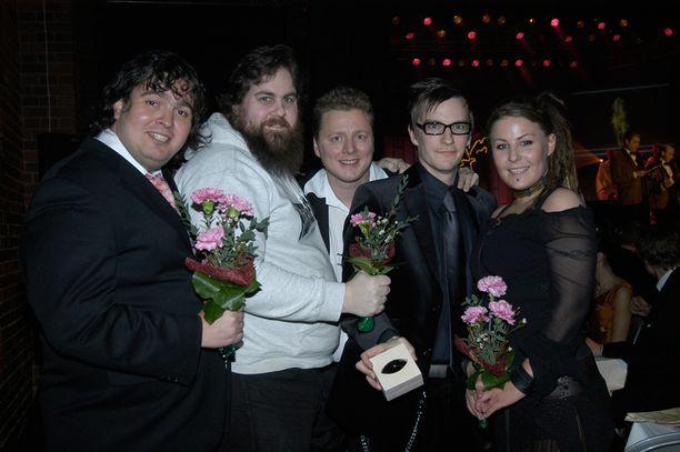 W-tyyli palkittiin Venla-gaalassa 2005. Ohjelman Zarkus Poussa (vas.), Stan Staanila, Jaakko Saariluoma, André Wickström ja Kiti Samulin ottivat palkinnon vastaan Tullikamarin Pakkahuoneella Tampereella.
