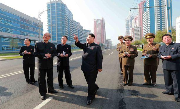 Pohjois-Korean pääkaupunkiin rakennettavan pilvenpiirtäjän rakennustöihin osallistuville työläisille tarjotaan metamfetamiinia, jotta nämä työskentelisivät nopeammin.