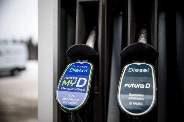 Dieselin hintatuesta luopuminen tarkoittaisi myös dieselveron poistumista.