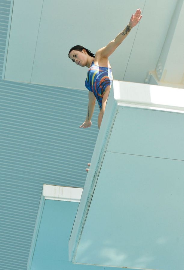 Martina on valmiina hyppäämään.