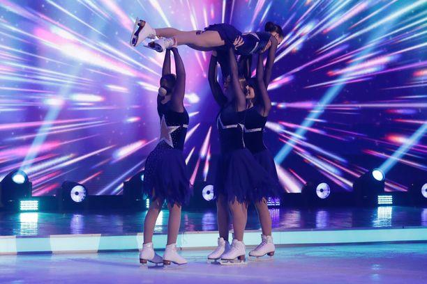 Kaikkia Dancing on Ice -ohjelman tapahtumia ei näytetä televisiossa.