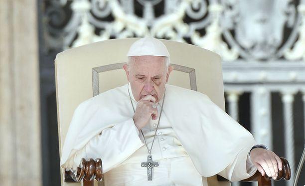 Argentiinalainen paavi Franciscus aloitti tehtävässään paavina 13.3.2013.
