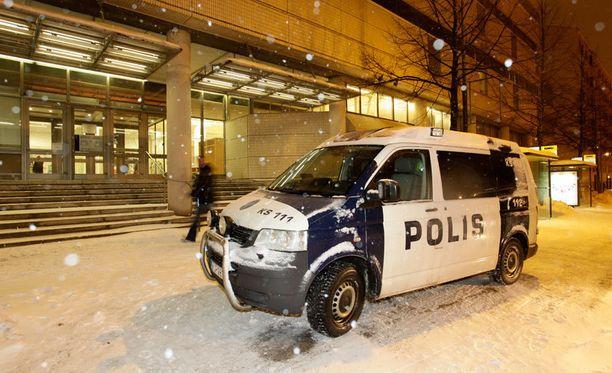 28-vuotiaan miehen epäillään puukottaneen yhtä ihmistä Jyväskylän kirjastossa viime viikolla.